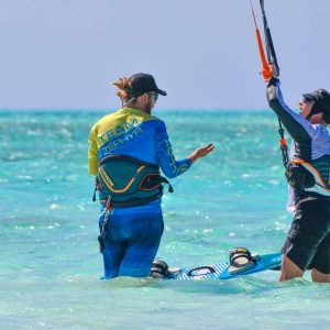kitesurfing-lessons-sunshine-coast-ocean-addicts-kite-lessons-maroochydore